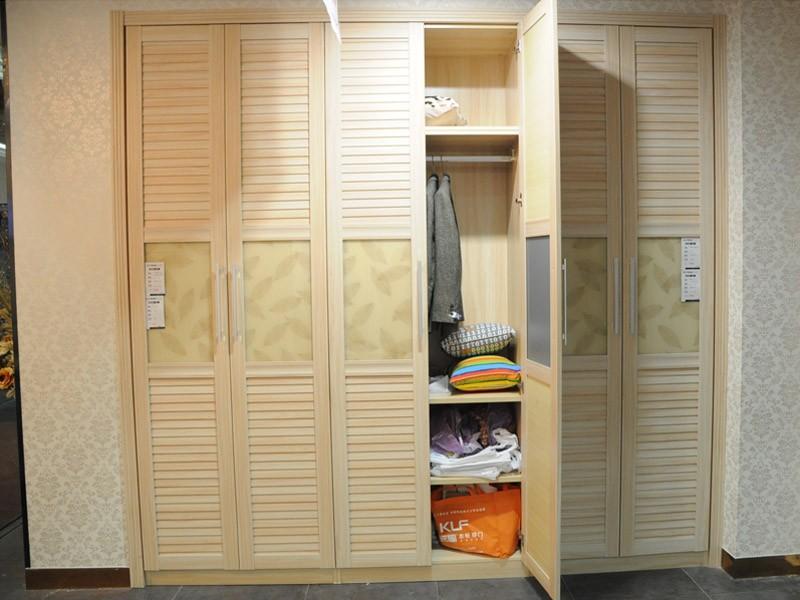 Cupboard 108